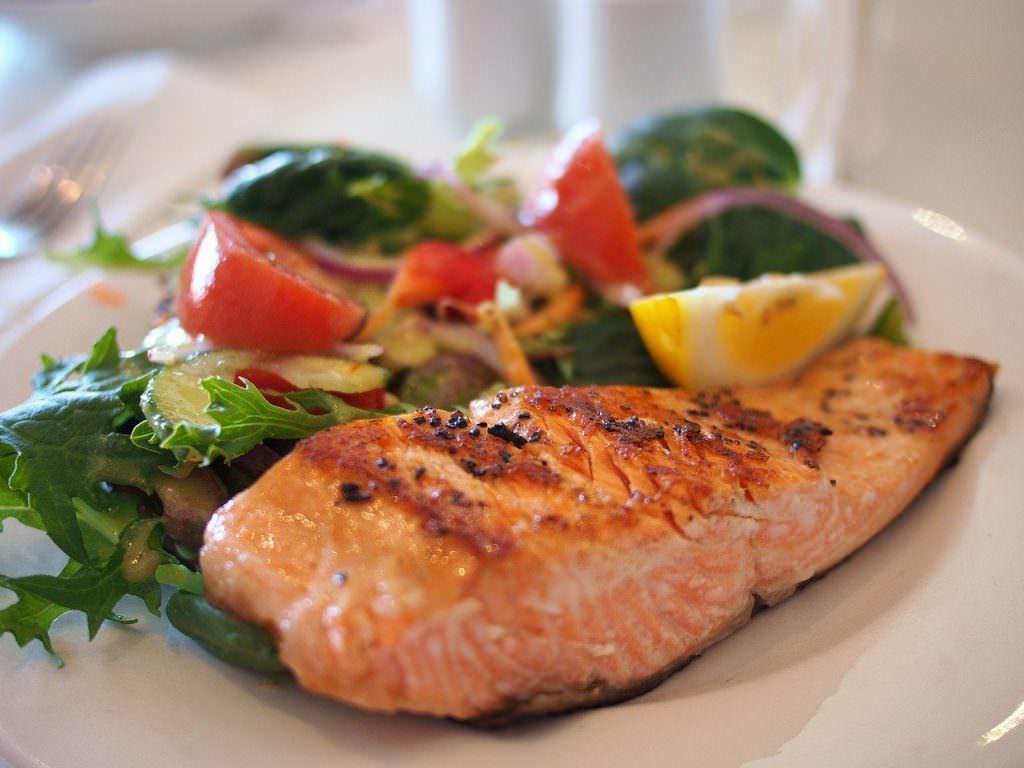 خواص ماهی برای ورزشکاران
