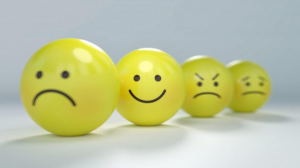 خندیدن یکی از راه های کاهش استرس است