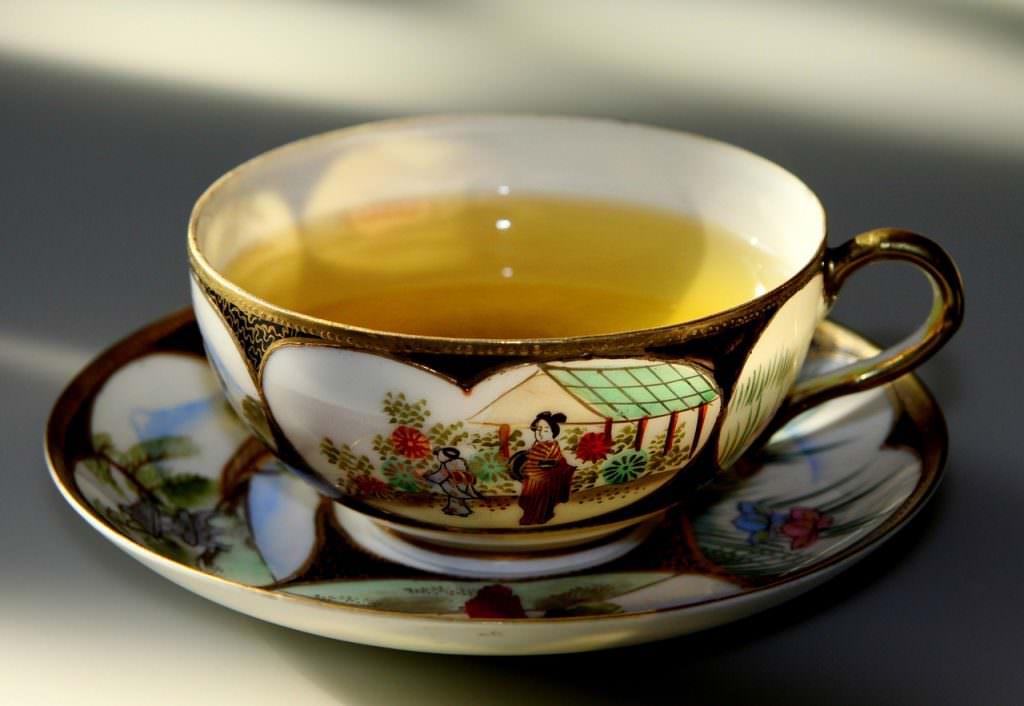 دمنوش لاغری خانگی چای سبز برای لاغری شکم