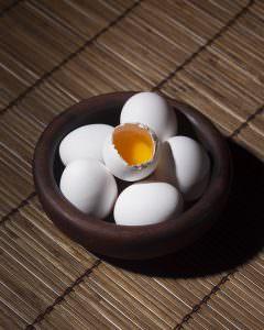 بستن منافذ پوست با تخم مرغ