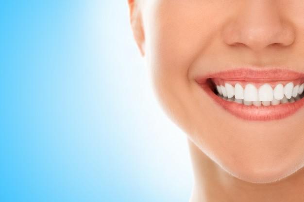 سفیدی دندان در خانه