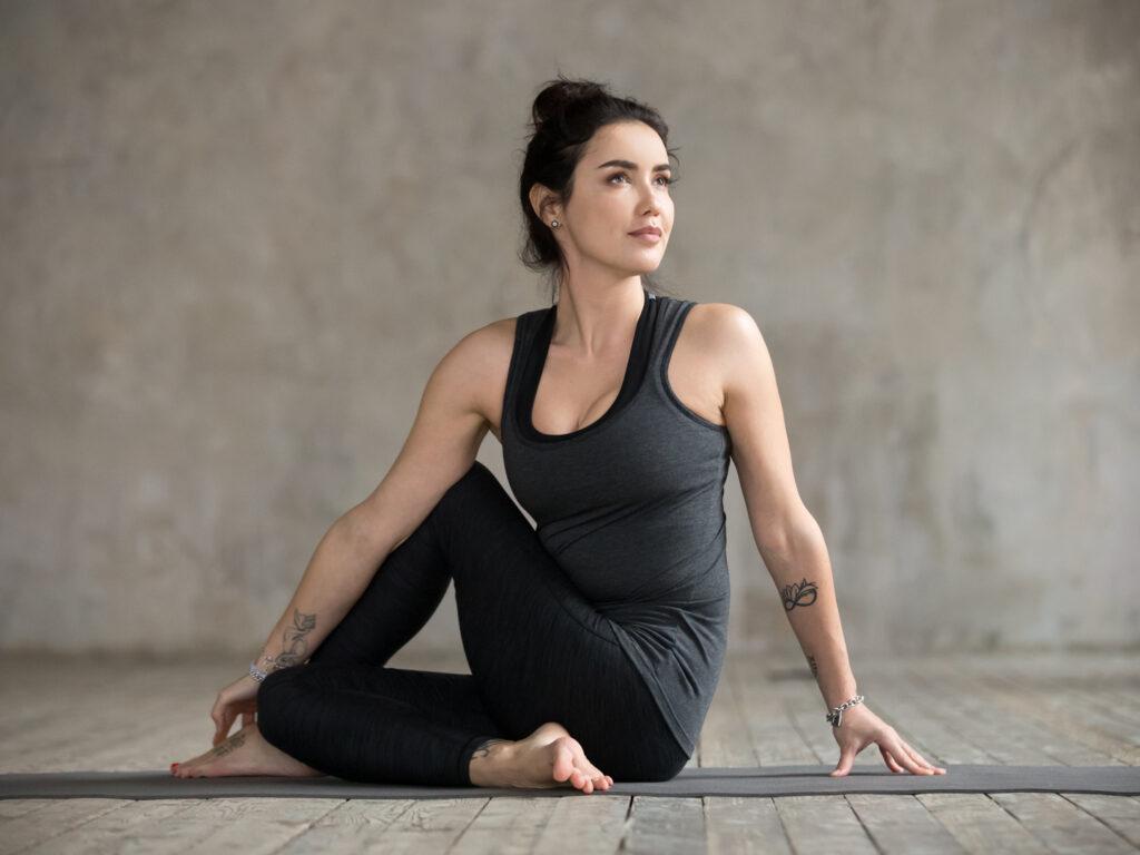 یوگای تقویت ریه Ardha Matsyendrasana